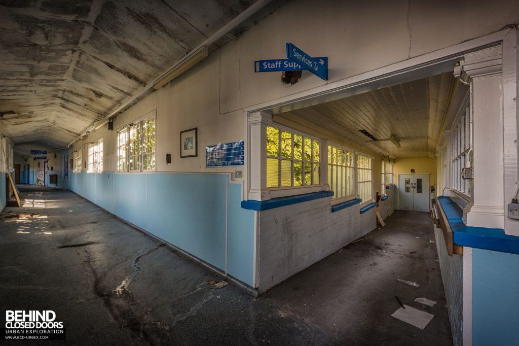 North Staffordshire Royal Infirmary - Corridor intersection