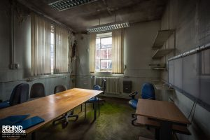 NSRI - Decaying office