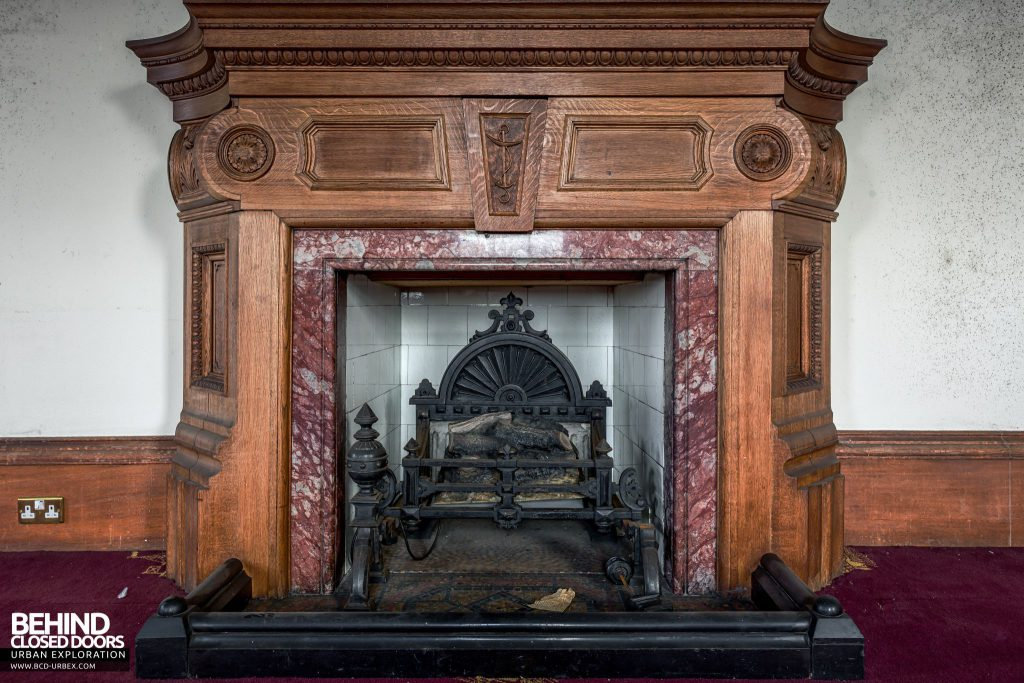 Harbour Chambers, Dundee - The fireplace