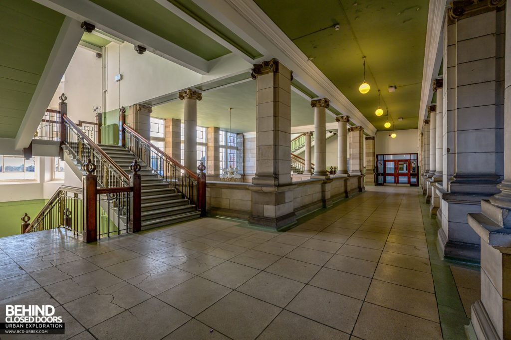 Jordanhill College, Glasgow - Staircase and corridor in the entrance hall