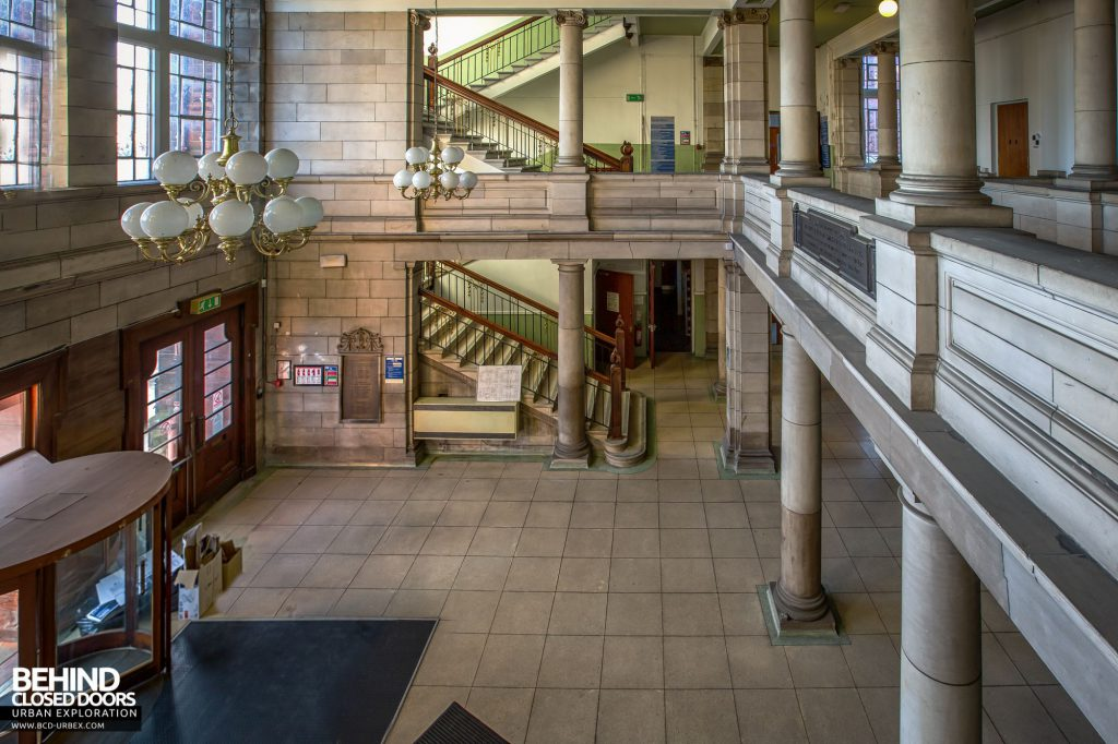Jordanhill College, Glasgow - View across the entrance hall