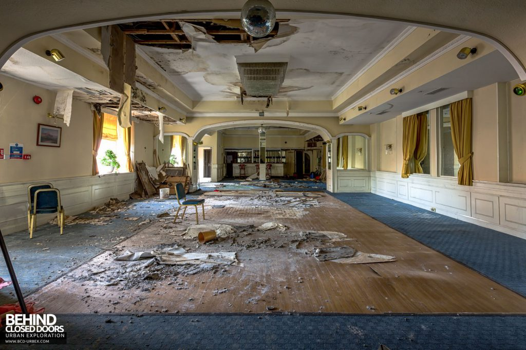 Station Hotel, Ayr - The Kintyre Suite was suitable for wedding receptions. The room had been modernised and now suffers extensive water ingress.
