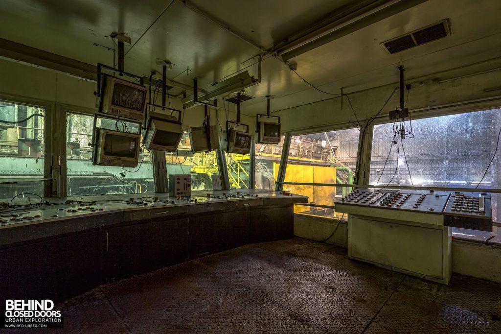 Duferco La Louvière - Casting house control room
