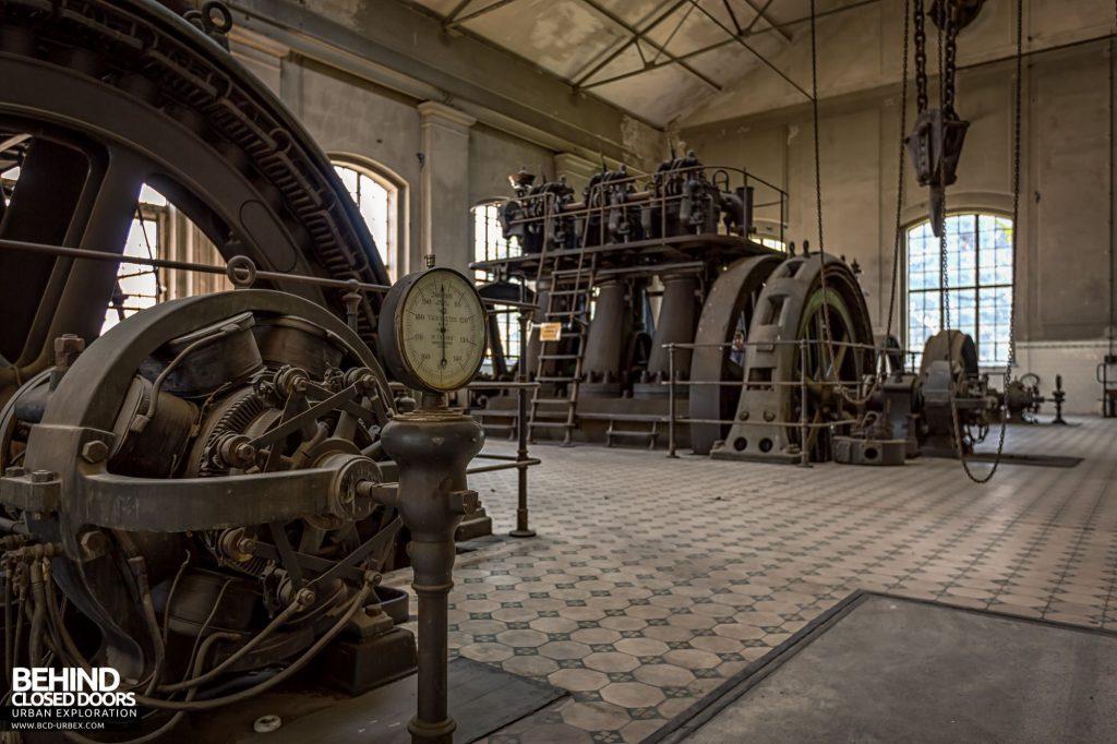 Diesel Centrale, Austria - Each unit had a tachometer gauge