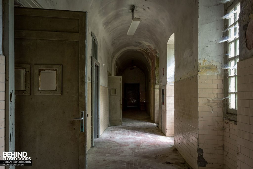 Manicomio Di Voghera - One of the many decaying corridors