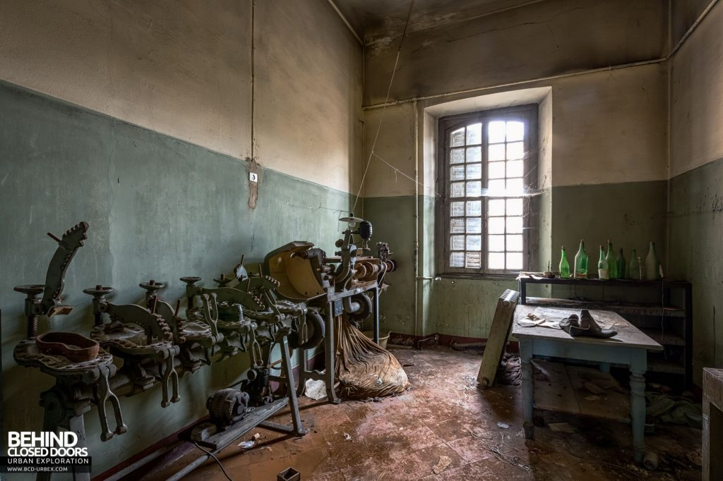 Manicomio Di Voghera - The asylum had a fully equipped cobbler shop for repairing shoes