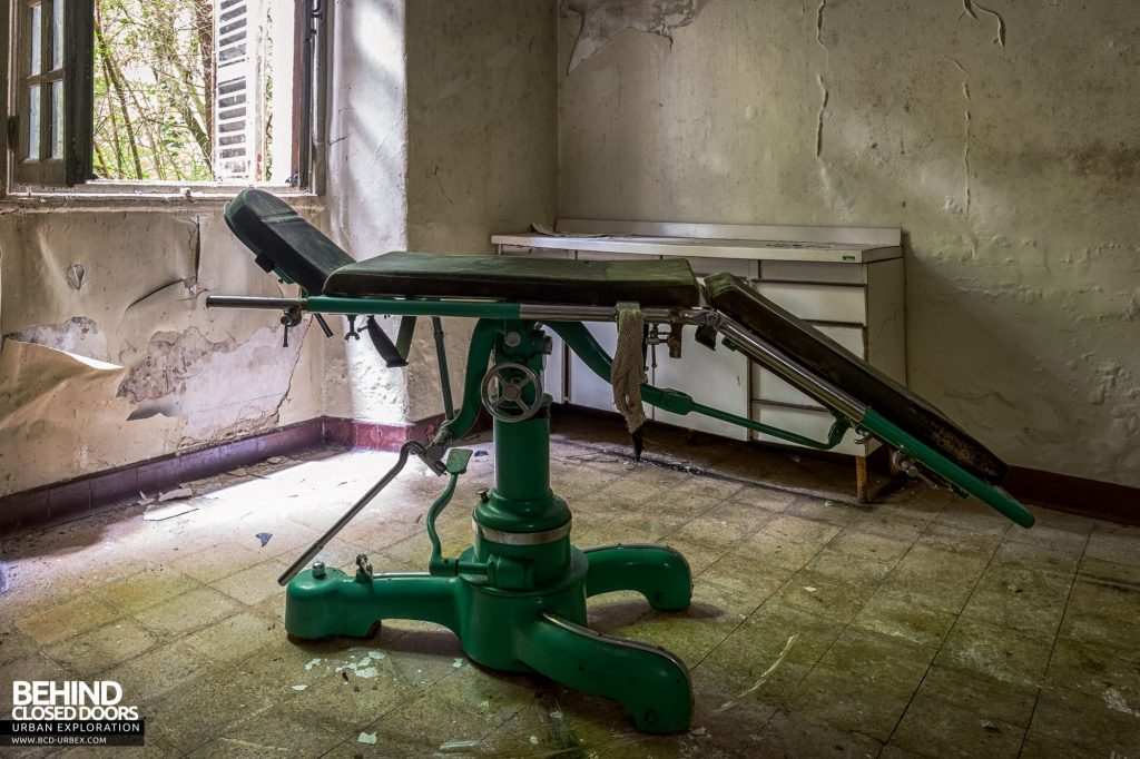 Manicomio Di Voghera - An vintage operating table was tucked away in one of the buildings