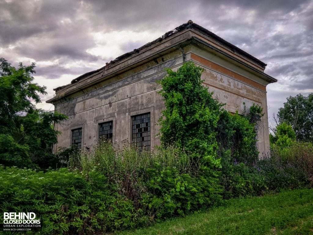 Hydro Power Plant, Italy - Exterior of the building
