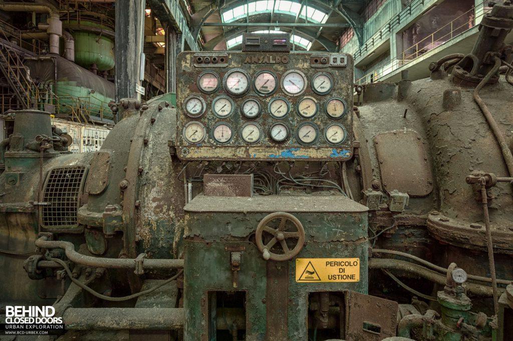 Italian Power Plant - Ansaldo gauge cluster