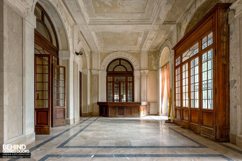 Terme Tommasini - The grand entrance hall