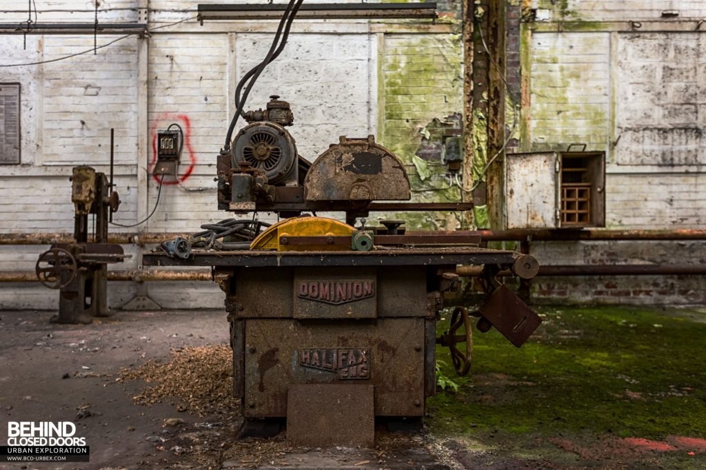 Locomotive Shed and workshops - Dominion table saw