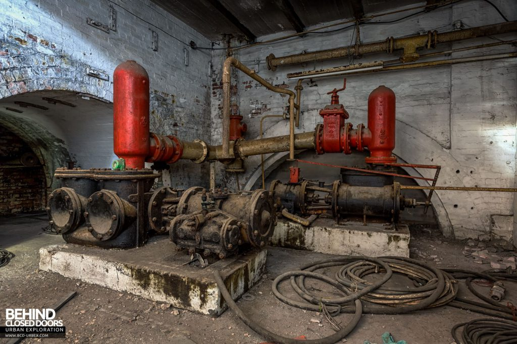 Hesketh Winding House - Pipework hidden away down below