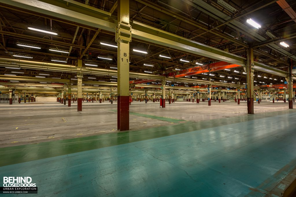 Caterpillar, Gosselies - The vast, now empty space in the first building we entered