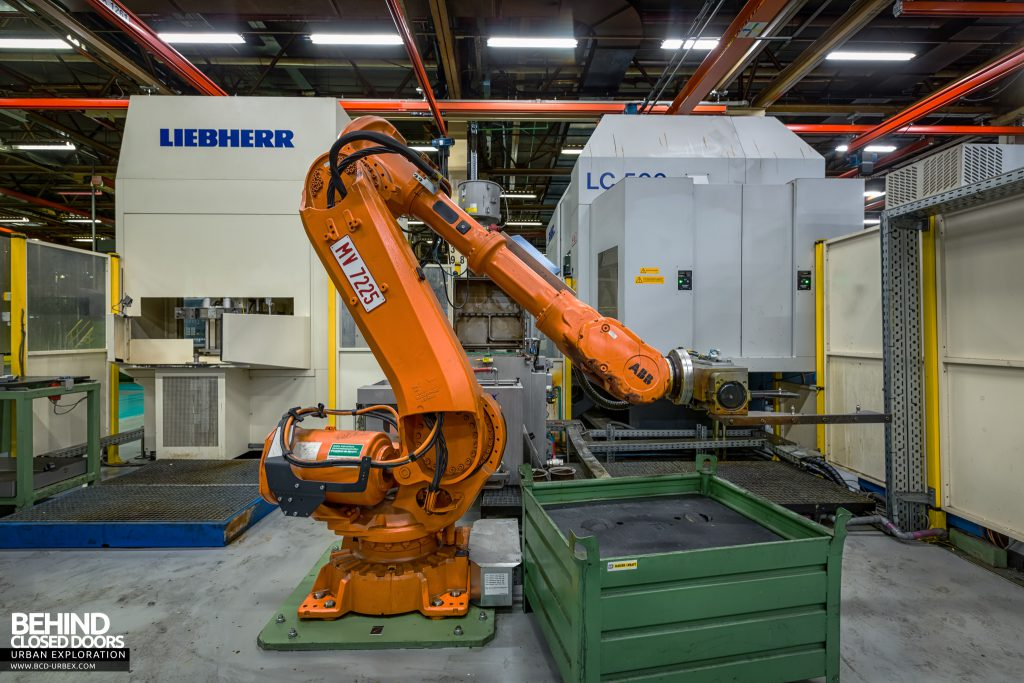 Caterpillar, Gosselies - One of the production robots