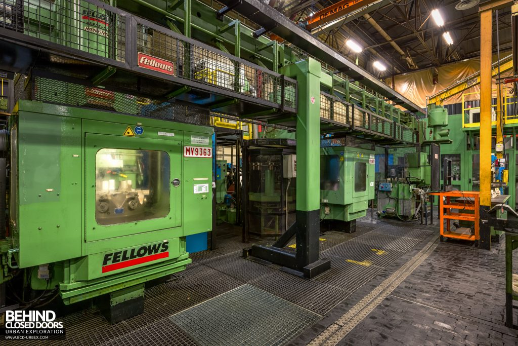 Caterpillar, Gosselies - Automated lathes