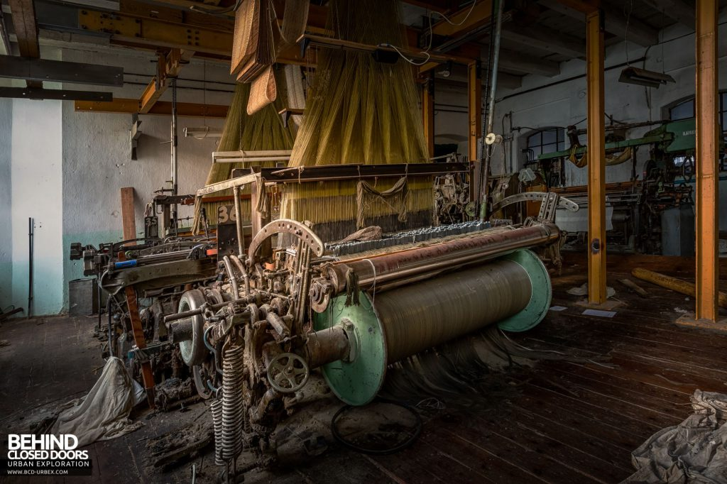 Anderl Textile Mill - The stenter machines stretch out the threads