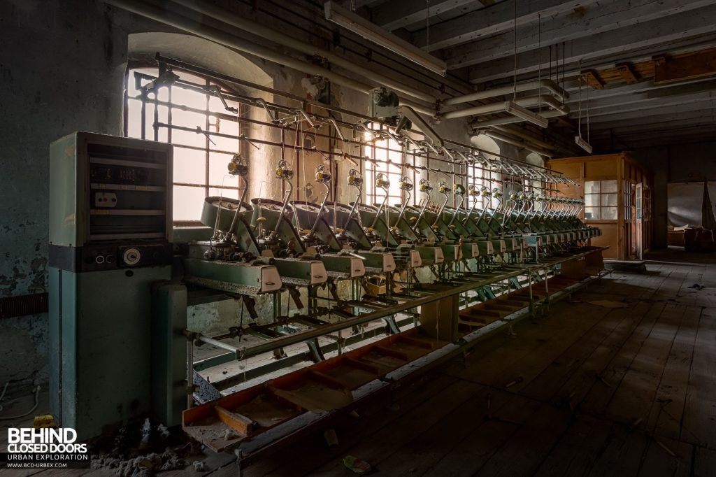 Anderl Textile Mill - Vintage spinning machinery