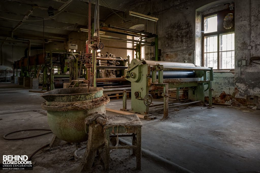Anderl Textile Mill - Printing press to print patterns and designs onto the finished fabric