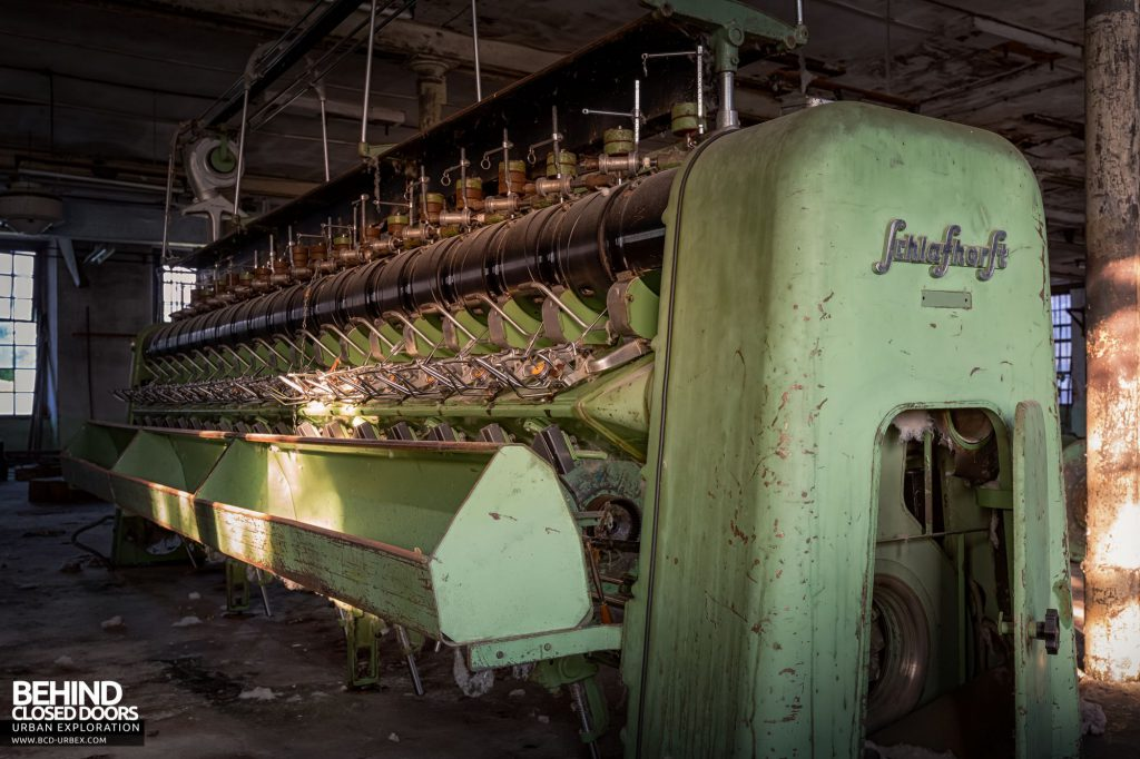 Anderl Textile Mill - Schlafhorst Autoconer winding machine