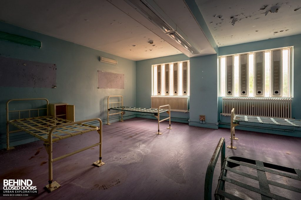 Holloway Prison - Another dorm room