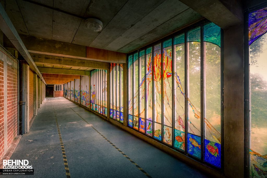 Holloway Prison - The glazed walkway was decorated by inmates