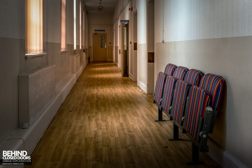 Whitchurch Hospital - Small waiting area in a corridor