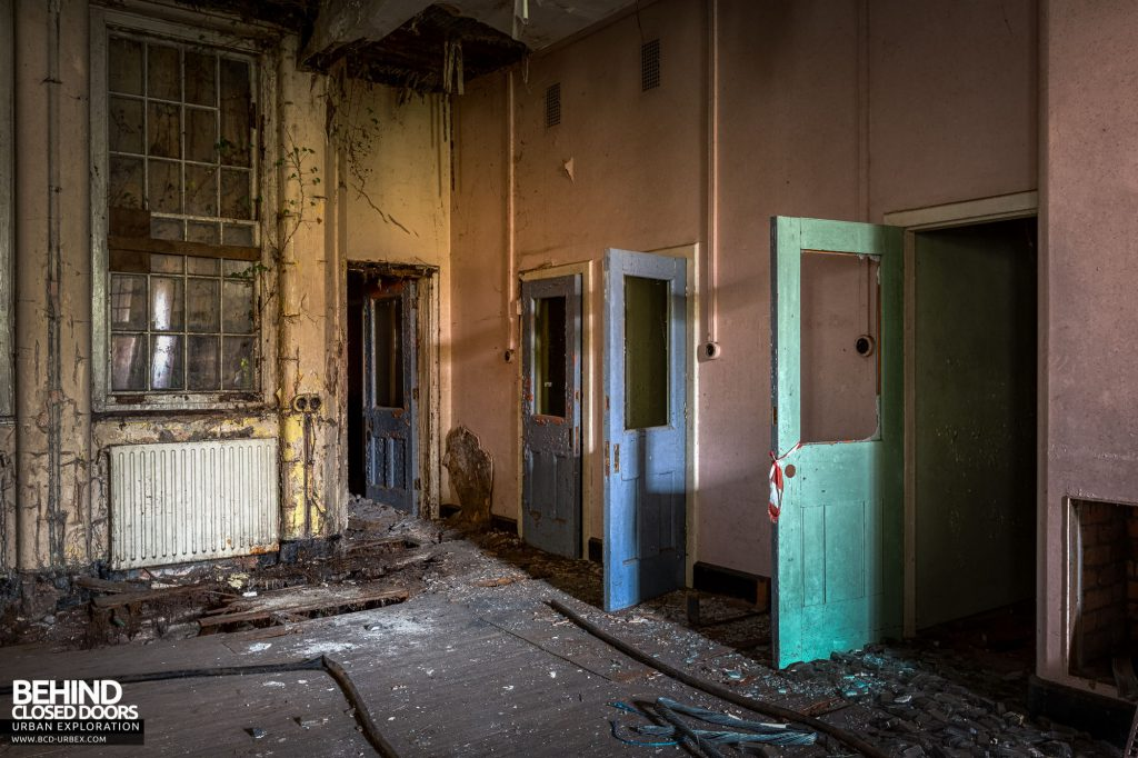 Whitchurch Hospital - Doors in West 5