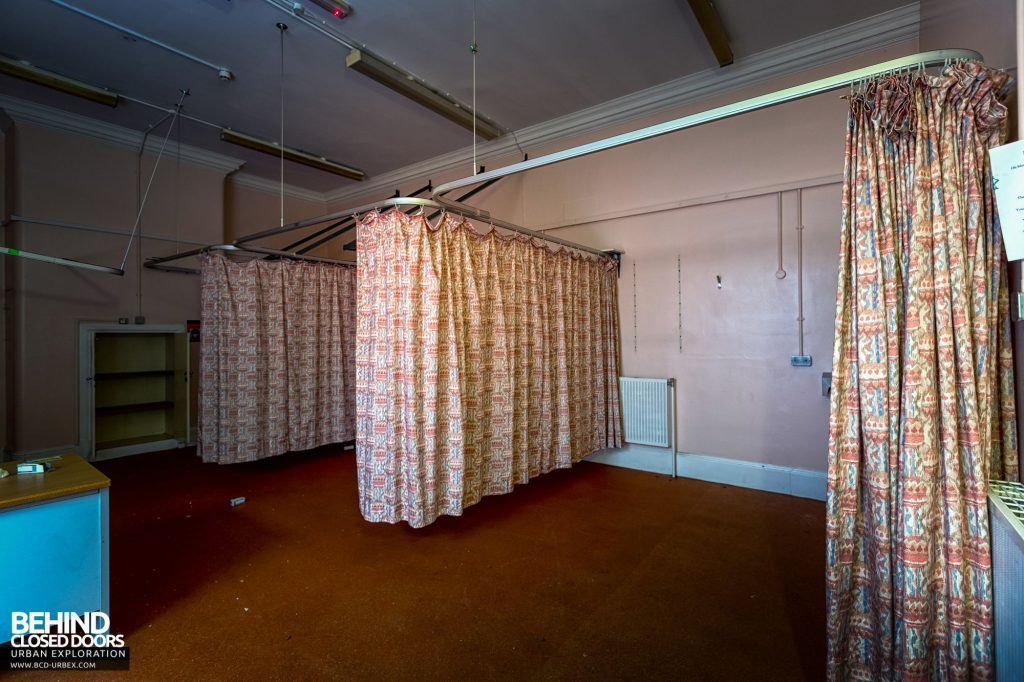 Whitchurch Hospital - Curtains on another ward