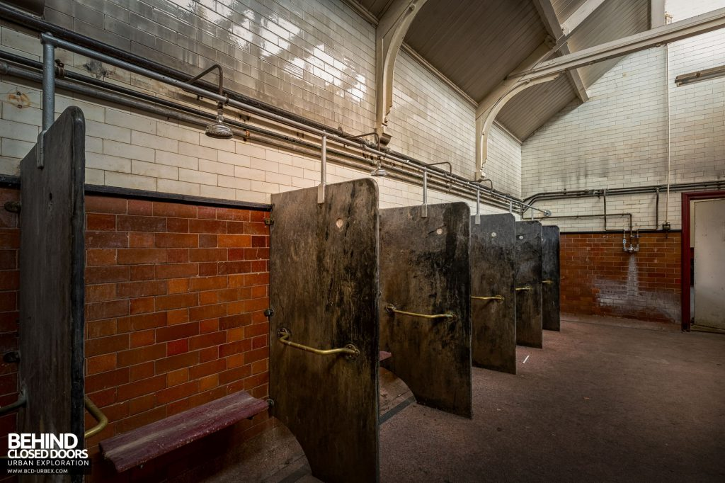 Whitchurch Hospital - Therapeutic baths