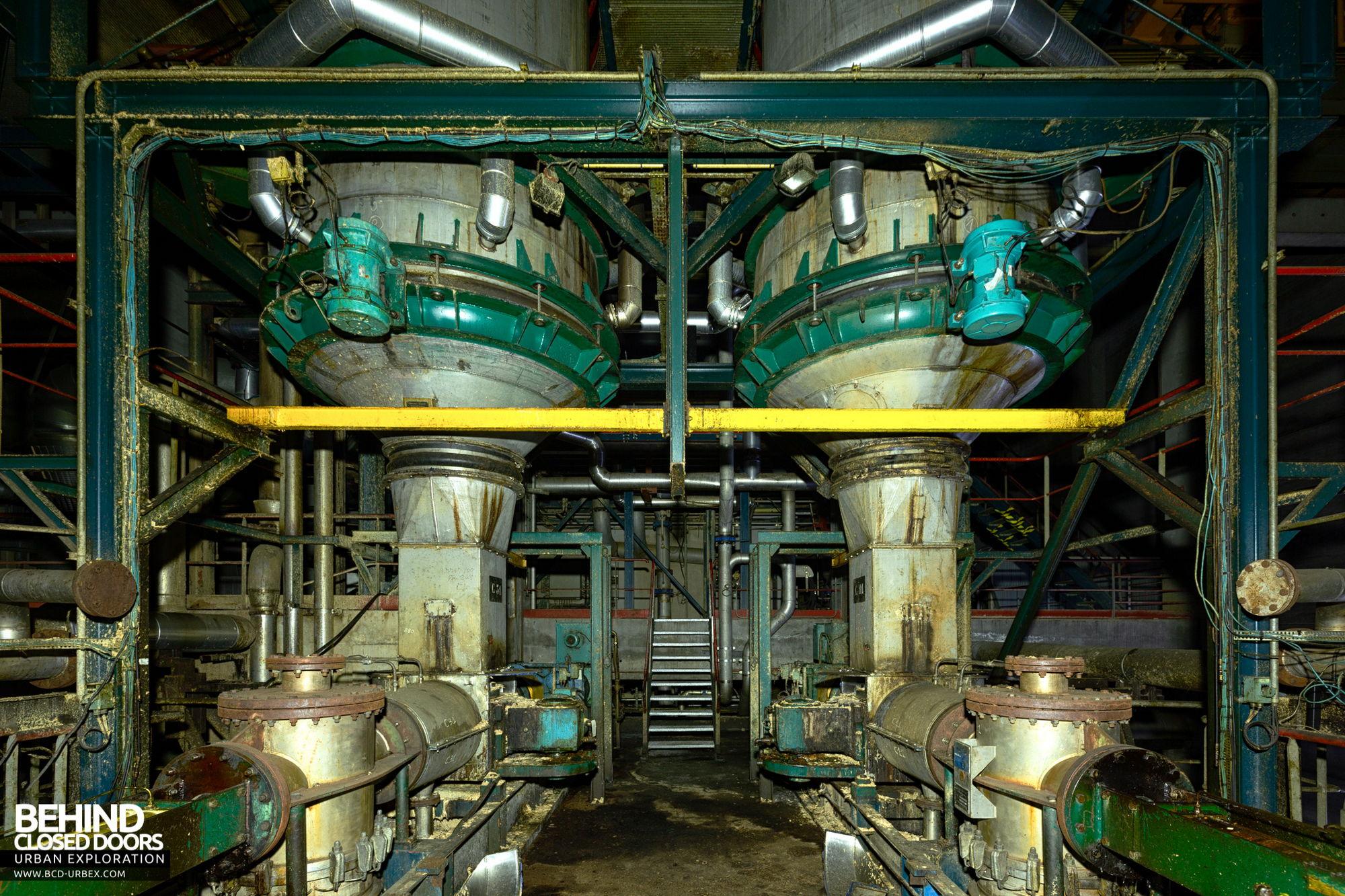 Stora Enso, Corbehem - Pulp refiner machines