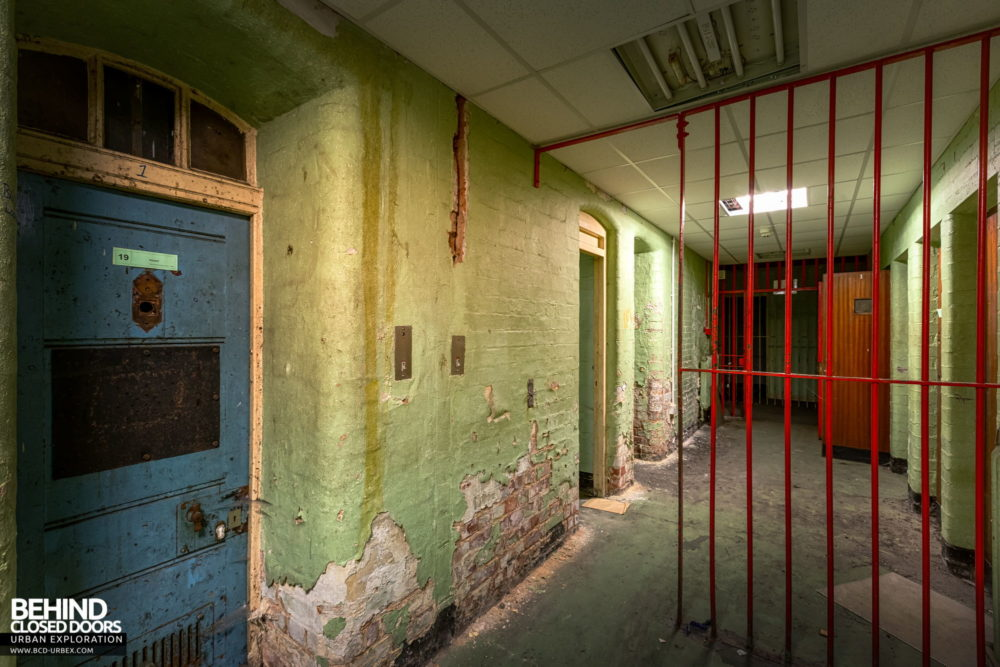 Nottingham Guildhall - Cell block corridor