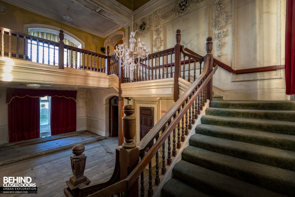 Castle MacGarrett, Ireland - The main staircase, looking back
