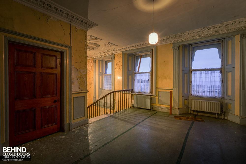 Cahercon House, Ireland - Upstairs landing