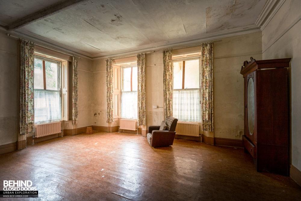 Cahercon House, Ireland - Sitting room