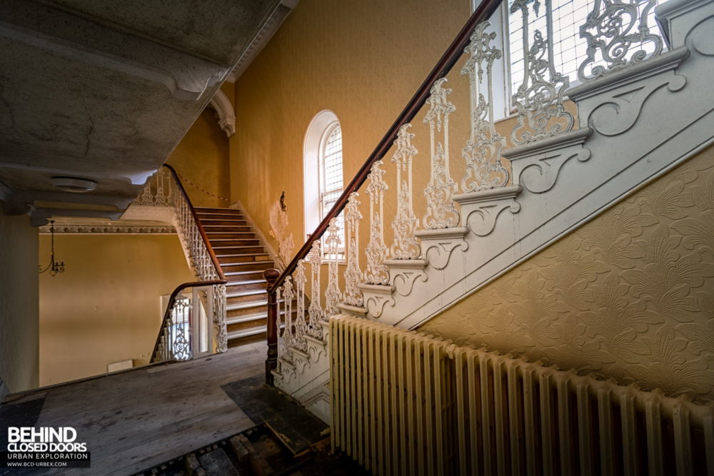 Knockmaroon Lodge, Dublin - Main staircase