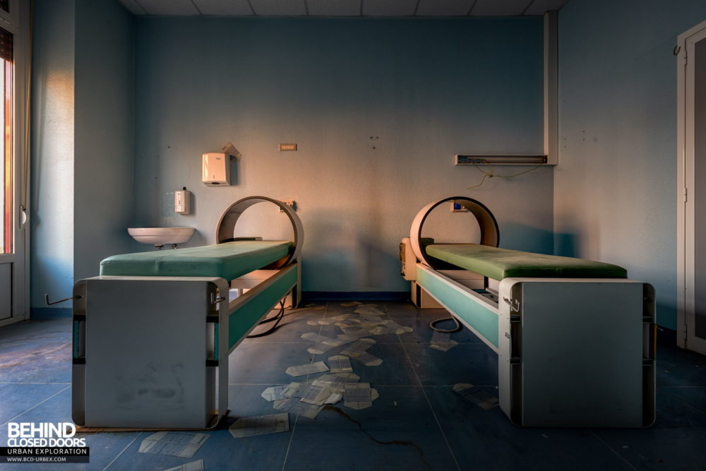 Tuberculosis Sanatorium / Hospital, Italy - Treatment beds
