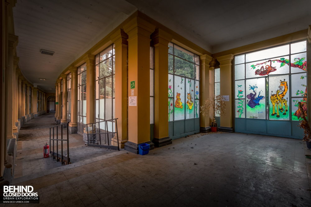 Tuberculosis Sanatorium / Hospital, Italy - Huge windows in the corridors