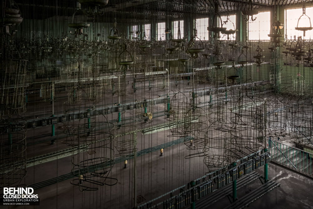 Zeche HR - View through the sea of baskets