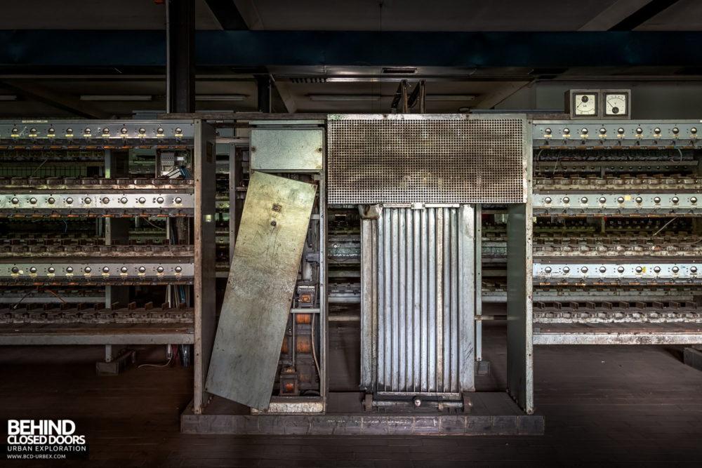 Zeche HR - Rack power supply transformer