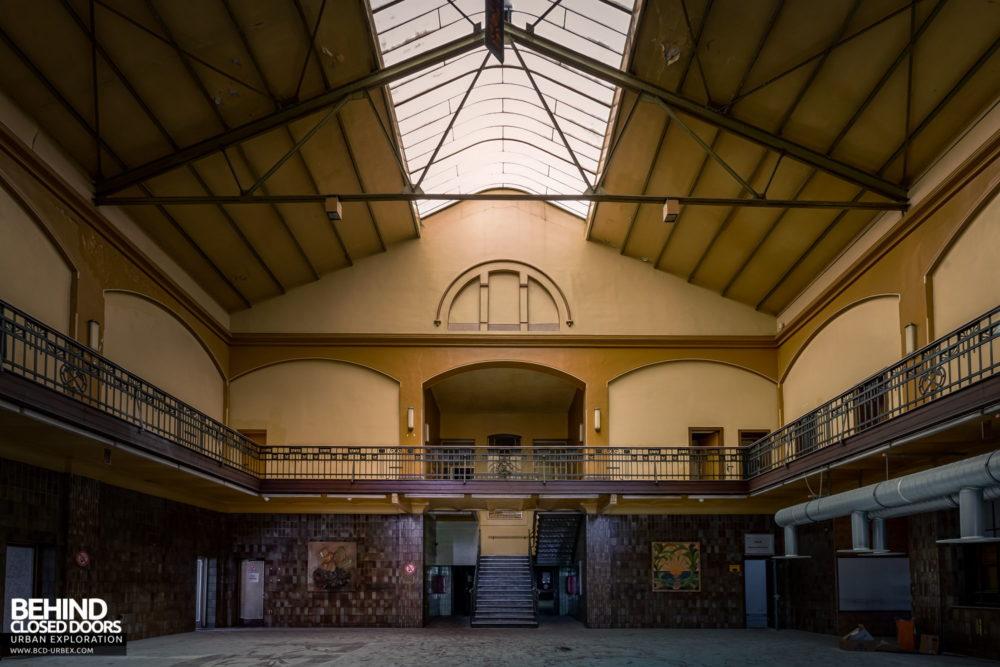 Zeche HR - The entrance hall of the admin block