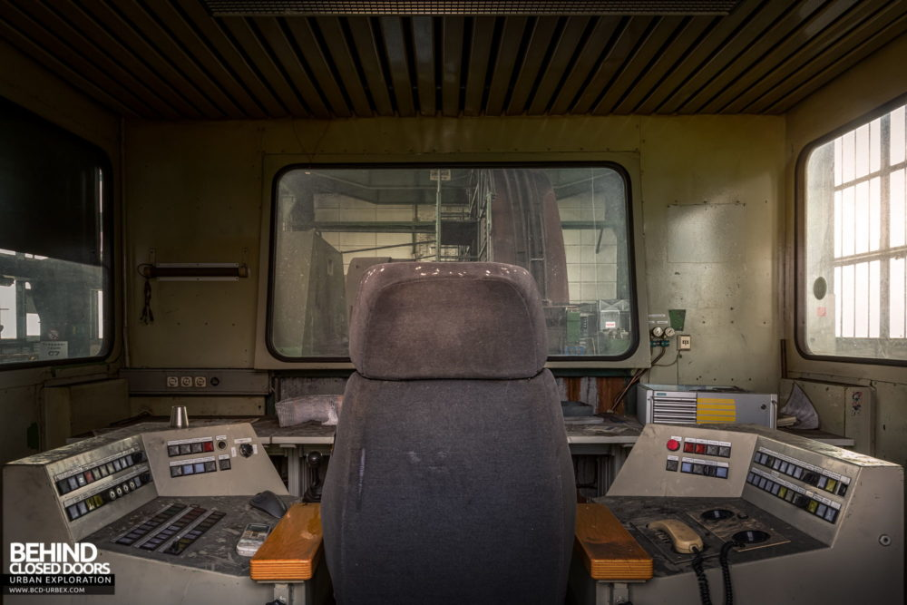 Zeche HR - Inside one of the operator cabins