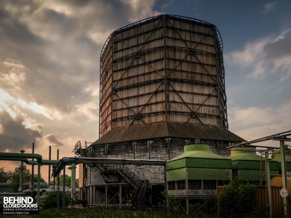 Zeche HR - The power station's cooling tower