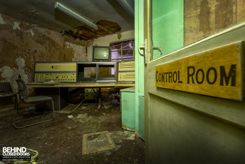 Chatterley Whitfield Underground Experience - Control room at the surface level