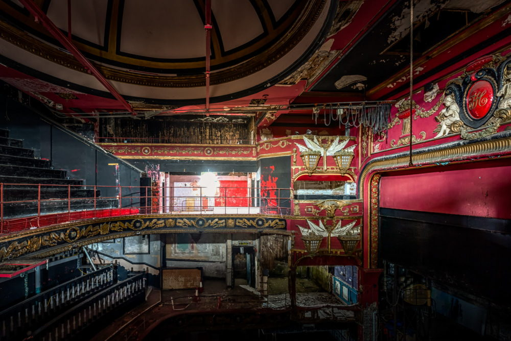 New Palace Theatre, Plymouth - Note the nautical themed decor