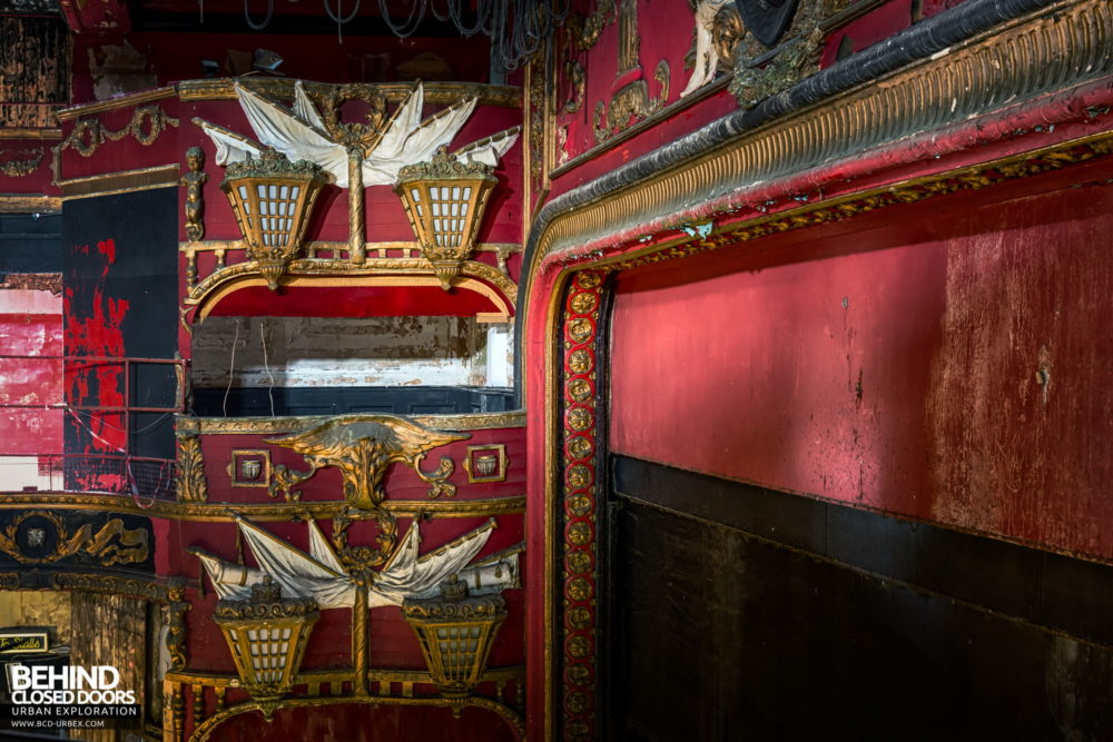 New Palace Theatre, Plymouth - Detail of the nautical theming used throughout the decor