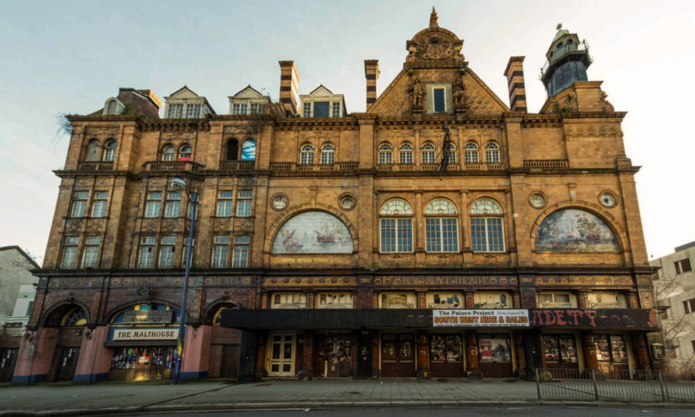 New Palace Theatre, Plymouth - The grand exterior in all its glory
